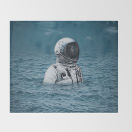 lost at sea Throw Blanket