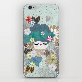 Kokeshina - Hiver / Winter iPhone Skin