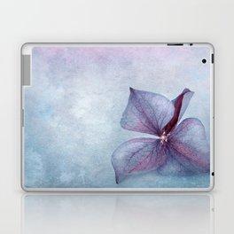 BLUE HYDRANGEA PETAL Laptop & iPad Skin