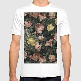 Vintage Roses and Iris Pattern - Dark Dreams T-shirt
