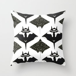 mantas and spotted eagle rays Throw Pillow