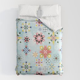 Christmas snowflakes pattern Comforters