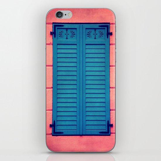 close iPhone & iPod Skin