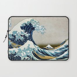 The great wave, famous Japanese artwork Laptop Sleeve
