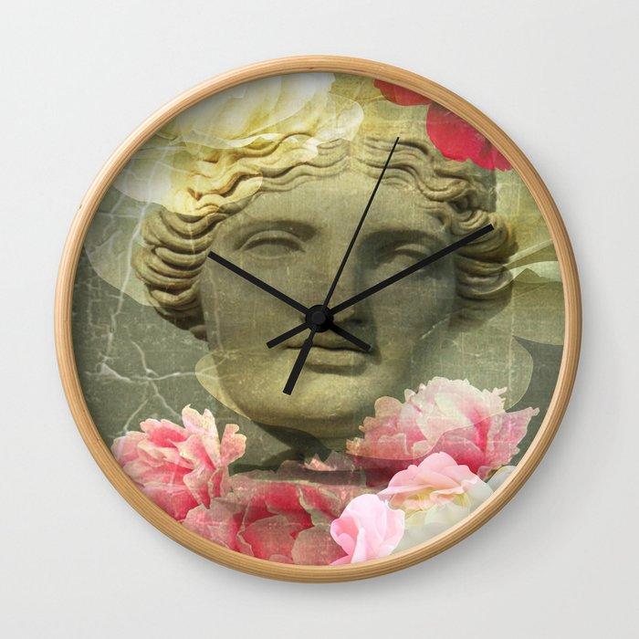 Venera and flowers Wall Clock