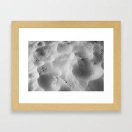 Every grain of sand beneath me Framed Art Print