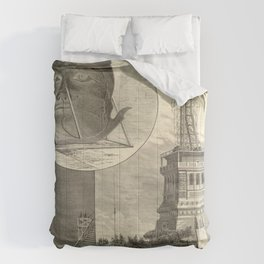 Construction of The Statue of Liberty Illustration Comforters