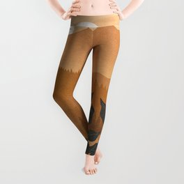 Growth over the high mountain Leggings
