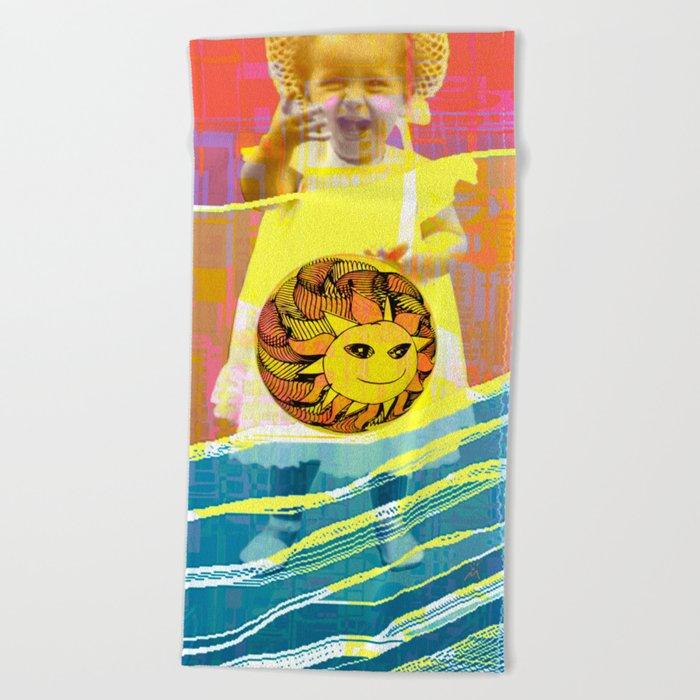 She plays with the sun / PRINCESS 23-07-16 Beach Towel