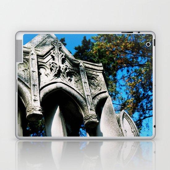 Arch Laptop & iPad Skin