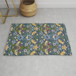 The strawberry thieves pattern by William Morris Rug