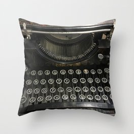 i'm a vintage type Throw Pillow