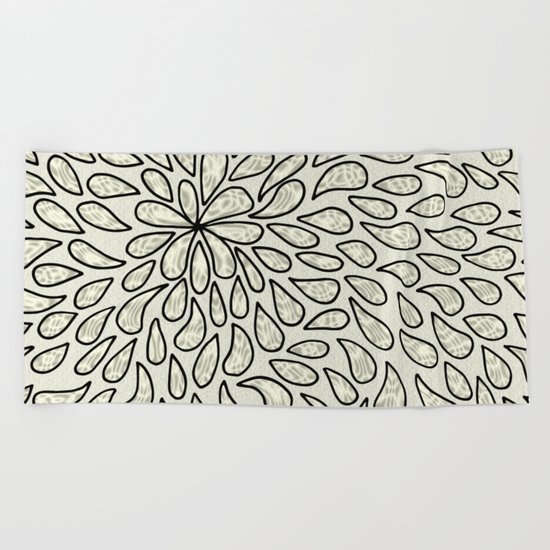 Pearlised Drops - Ivory Beach Towel