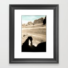 Delicate Arch shadow Framed Art Print