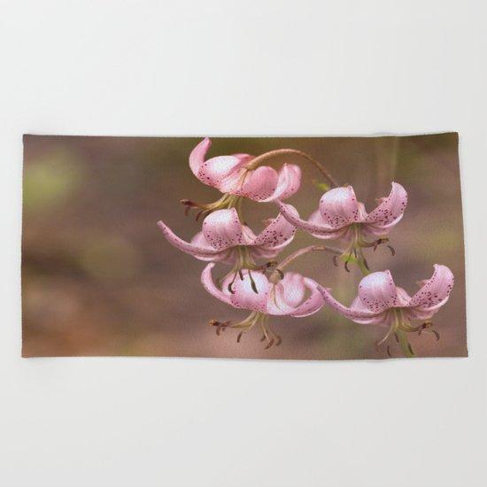 Pink Nostalgic Flowers Beach Towel
