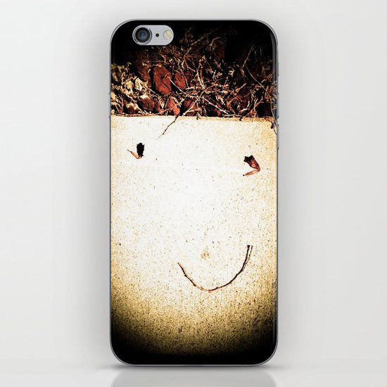 Natures Funny: Untouched iPhone & iPod Skin