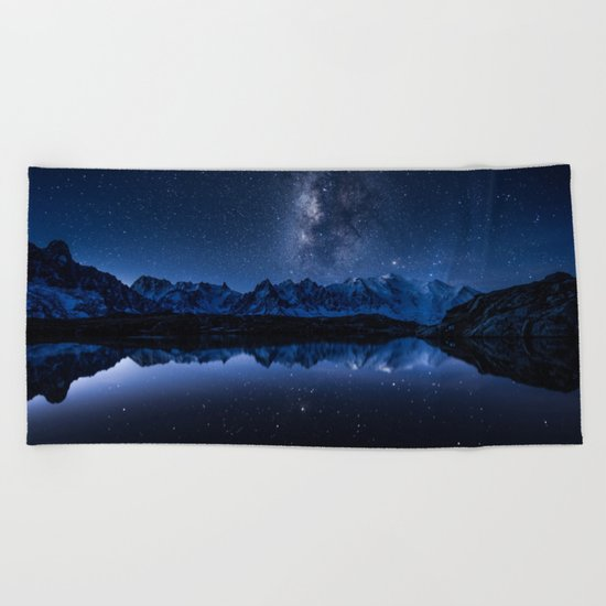 Night mountains Beach Towel