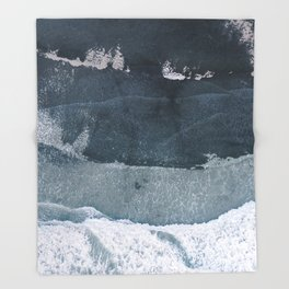 sea 2 Throw Blanket
