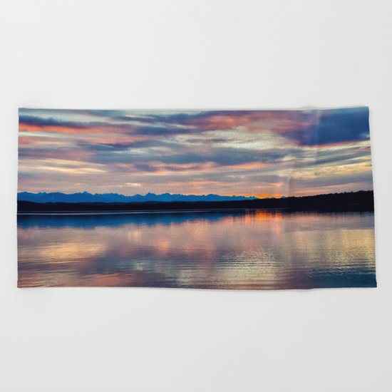 EVENING GLORY Beach Towel