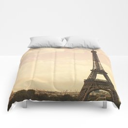 An Afternoon in Paris Comforters
