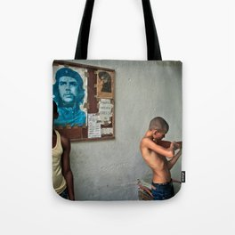 Disparando Ideales Tote Bag