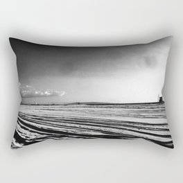La mère en noir Rectangular Pillow