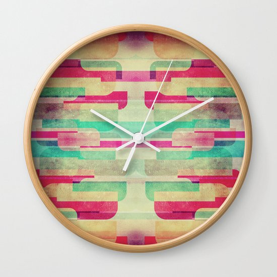 Staris Wall Clock