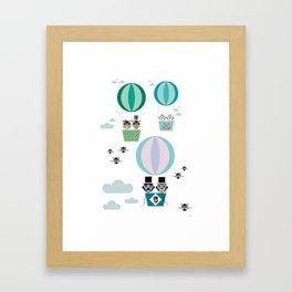 Ballonger gron Framed Art Print