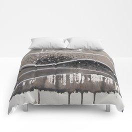 cabin fever Comforters