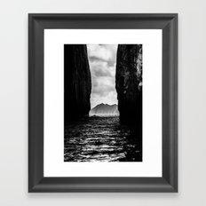 Diverge Framed Art Print