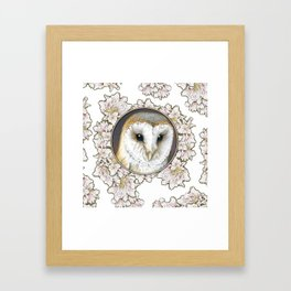 Barn owl small Framed Art Print