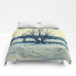 Winter  - JUSTART © Comforters