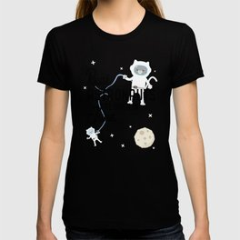 Astronauts are born in June T-Shirt Dry2z T-shirt