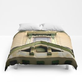 Laid Back Comforters