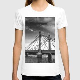 Albert Bridge River Thames London T-shirt