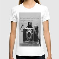 jessica lange T-shirts featuring Dorothea Lange Quote Vintage Camera by KimberosePhotography