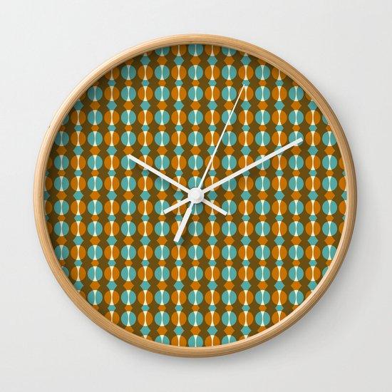 Retro Eight Wall Clock