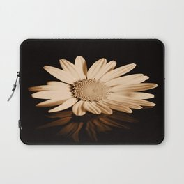 Albumen daisy Laptop Sleeve