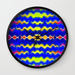 Tutti al mare Wall Clock