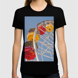 California Wheelin - Santa Monica Pier T-shirt