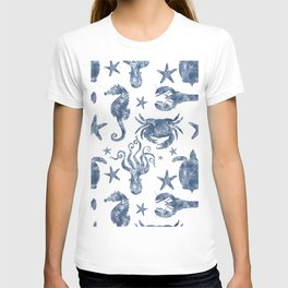 Delft Blue nautical Marine Life pattern, coastal beach T-shirt