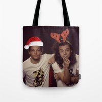 larry stylinson Tote Bags featuring Funny Larry Stylinson Christmas by girllarriealmighty