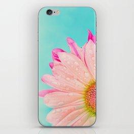 Retro pastel summer daisy iPhone Skin