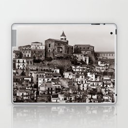 "Urban Landscape of Sicily ""VACANCY"" zine Laptop & iPad Skin"