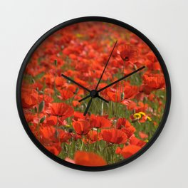 Red poppies 1918 Wall Clock