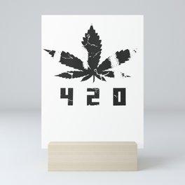 420 Marihuana b Mini Art Print