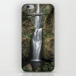 Iconic Multnomah Falls in the Columbia River Gorge of Oregon iPhone Skin