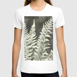 Fantasy Feather Like Fern T-shirt
