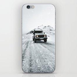 roadtrip in iceland iPhone Skin