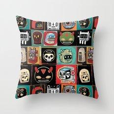 Headhunter outlanders  Throw Pillow